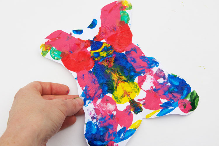 These butterfly squish paintings are easy for kids of all ages to make. This is a great craft for spring or Mother's Day!