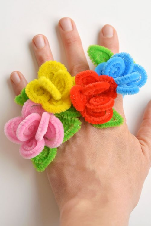 40+ Awesome Pipe Cleaner Crafts - Pipe Cleaner Flower Rings
