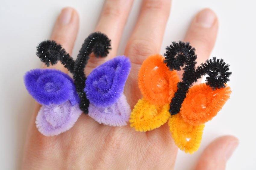 How To Make Pipe Cleaner Butterfly Rings - Kids Crafts