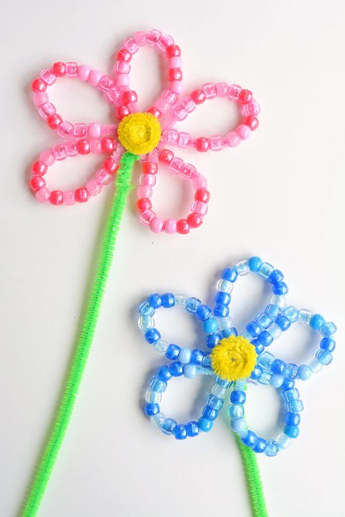 40+ Awesome Pipe Cleaner Crafts - Beaded Pipe Cleaner Flowers