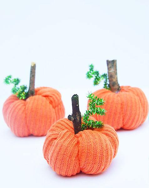 sock pumpkin craft