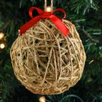 DIY Twine Ball Ornaments Using Balloons, Twine and Glue