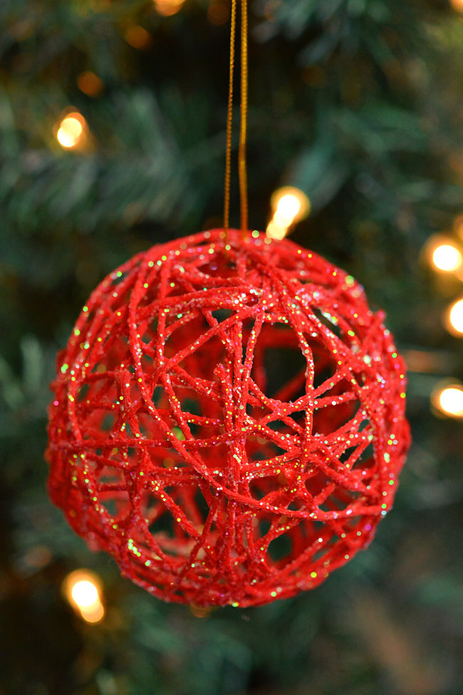 40+ Easy Christmas Crafts for Kids - Glitter Ball Yarn Ornaments