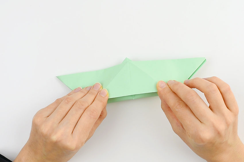 How to make a paper boat - step 13