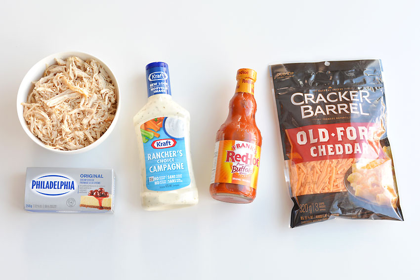 Ingredients for crockpot buffalo chicken dip with real chicken