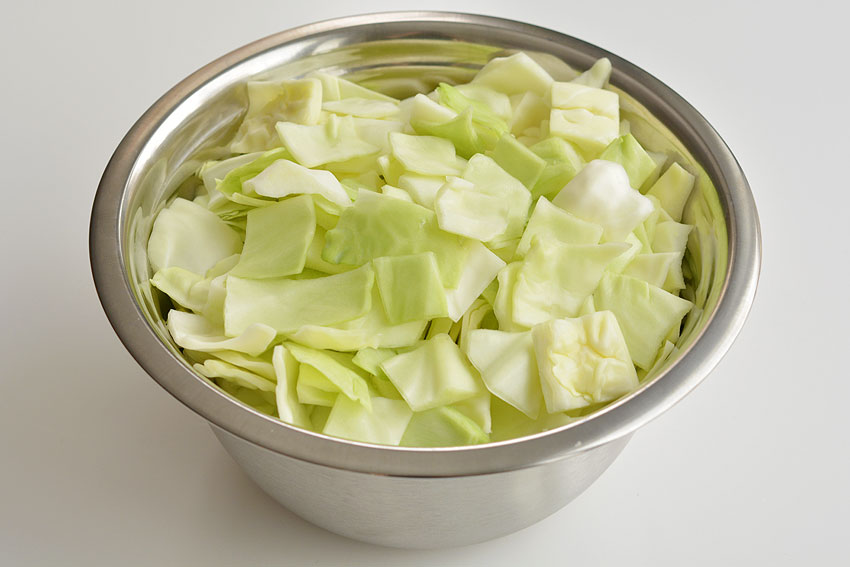 Cabbage Roll Soup Recipe : bowl of chopped cabbage.