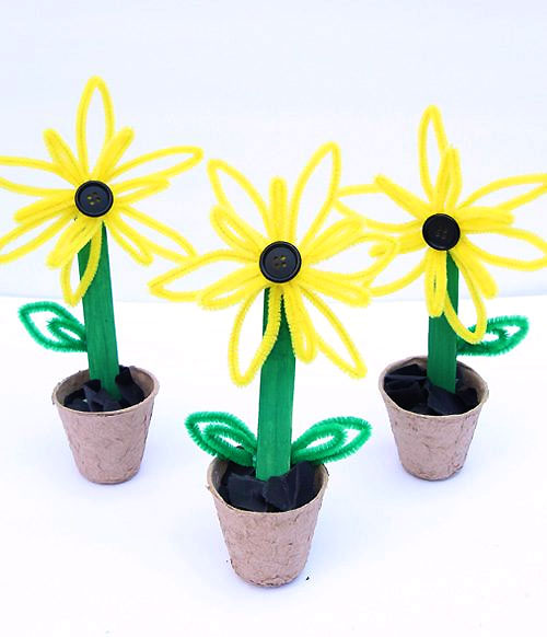 40+ Awesome Pipe Cleaner Crafts - Pipe Cleaner Sunflowers
