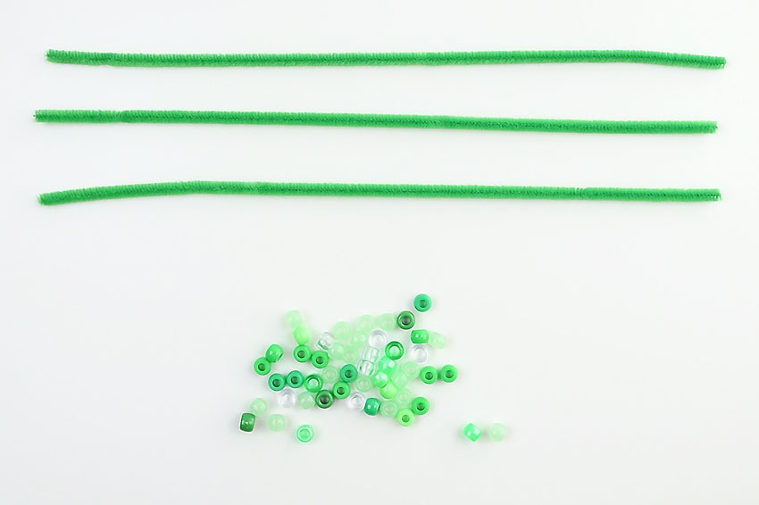 Beaded Pipe Cleaner Shamrocks - Supplies