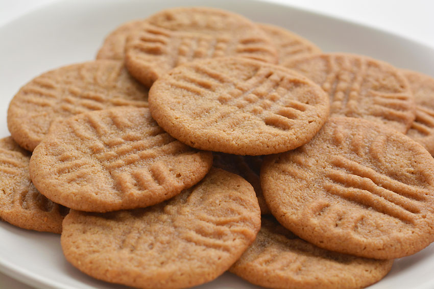 Easy Peanut Butter Cookies - Plate of Cookies Made with Brown Sugar