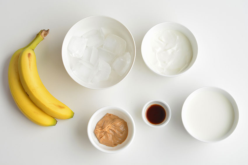 Healthy Peanut Butter and Banana Smoothie Ingredients