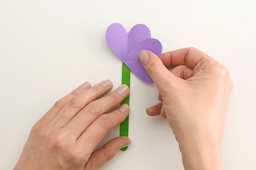 Paper Heart Flowers - Add the first sideways heart.