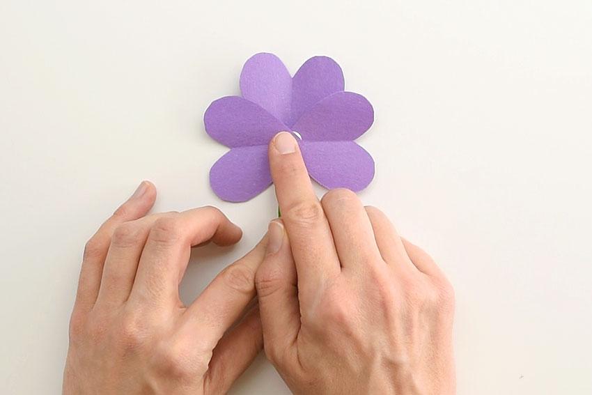 Paper Heart Flowers - Add the second sideways heart.